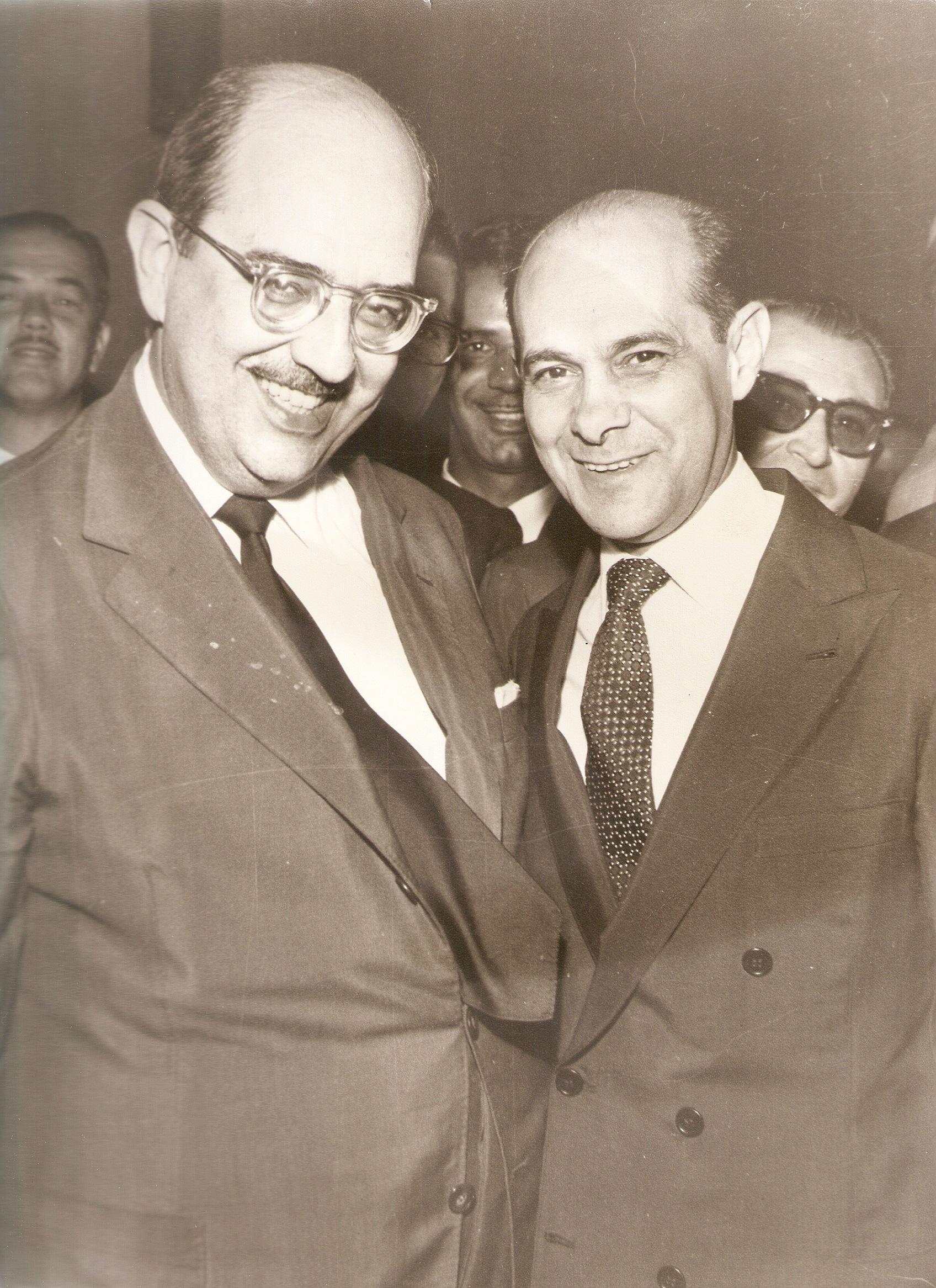 Com Tancredo Neves na eleição para Vice-Governador de Minas - 1959